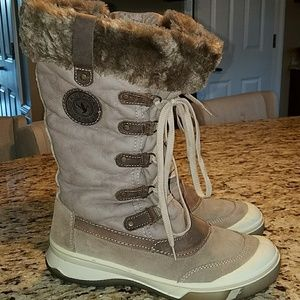 Used Santana winter boots